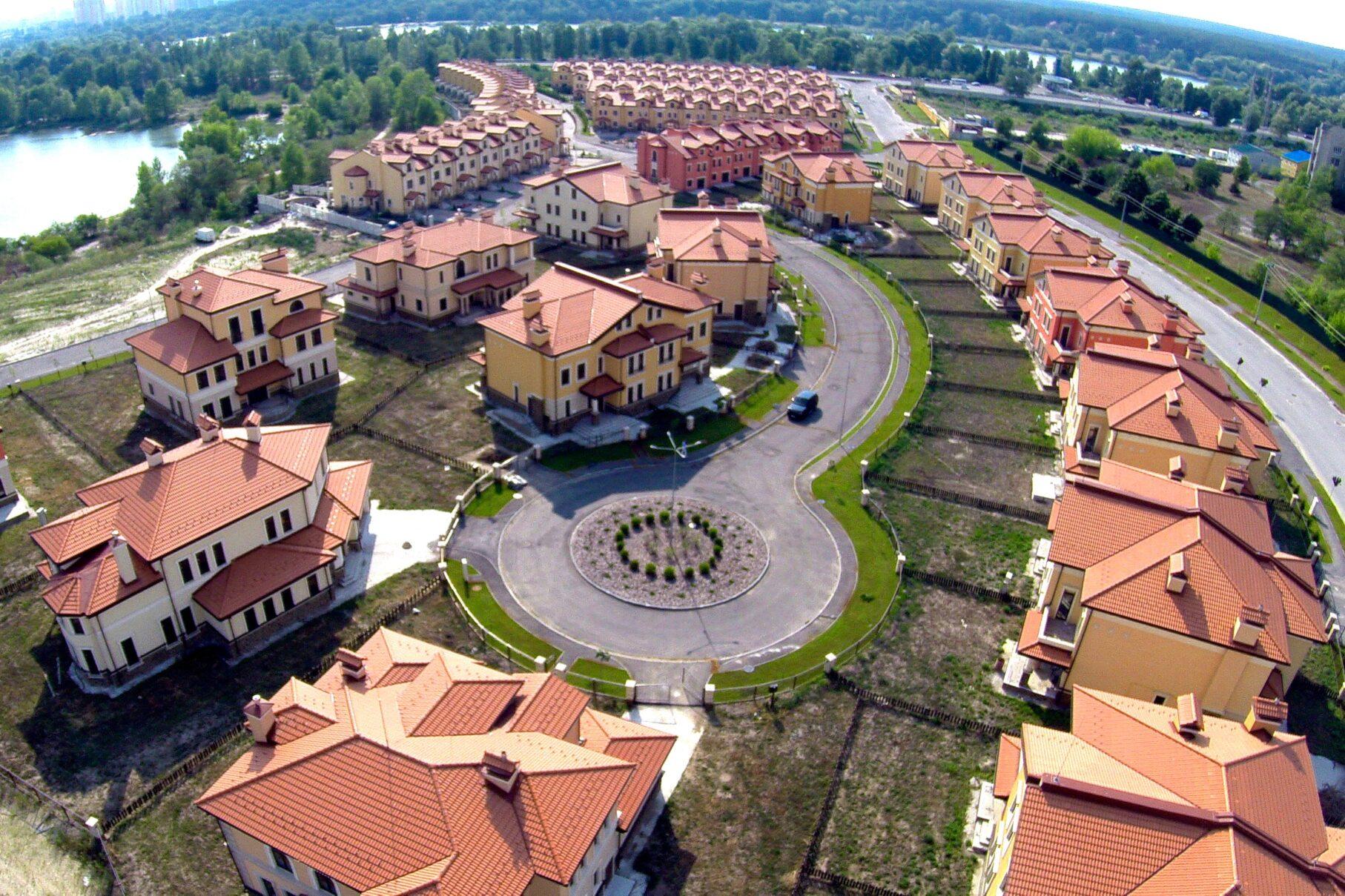 ІБК Центробуд | Будівництво котеджів під ключ